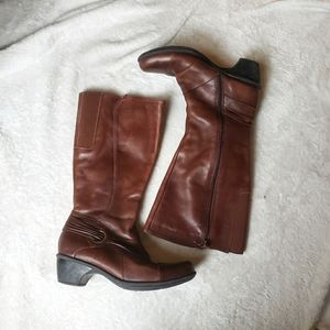 Clarks leather riding boots brown 7.5